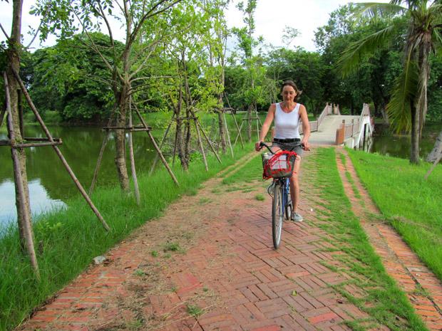 Велосипеды в Аюттайе