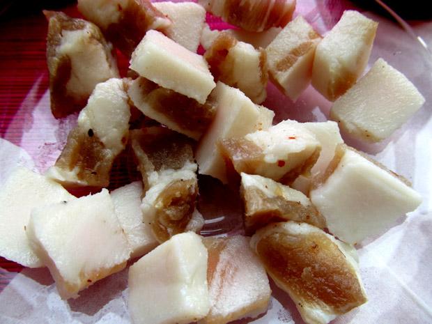 соленое тайское сало