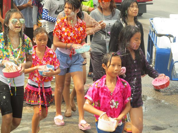 Сонгкран в Хуа Хине