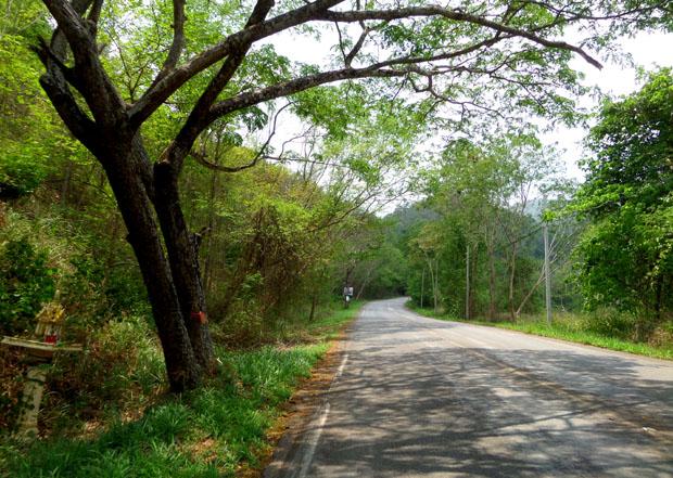 дорога к западу от Хуа Хина