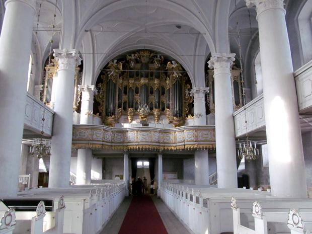 орган церкви св.Троицы