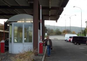 Заброшенный КПП на границе между странами Шенгена.