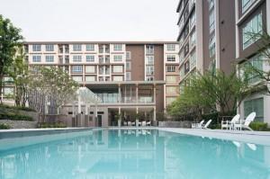 """В кондо """"BaanPeangPloen"""" есть недорогие квартиры в аренду."""