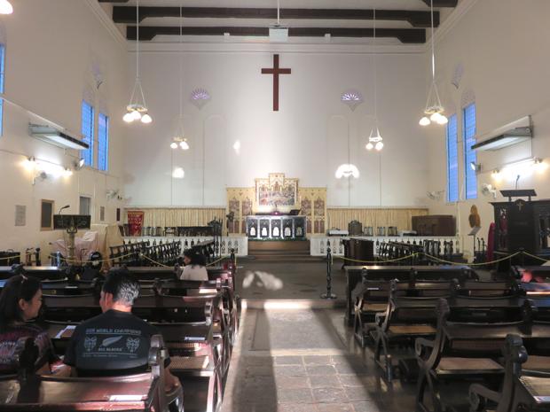 церковь Христа внутри