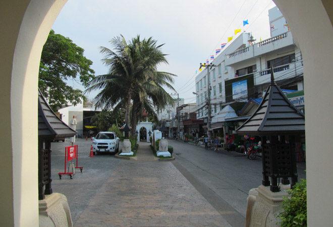 улочка возле отеля
