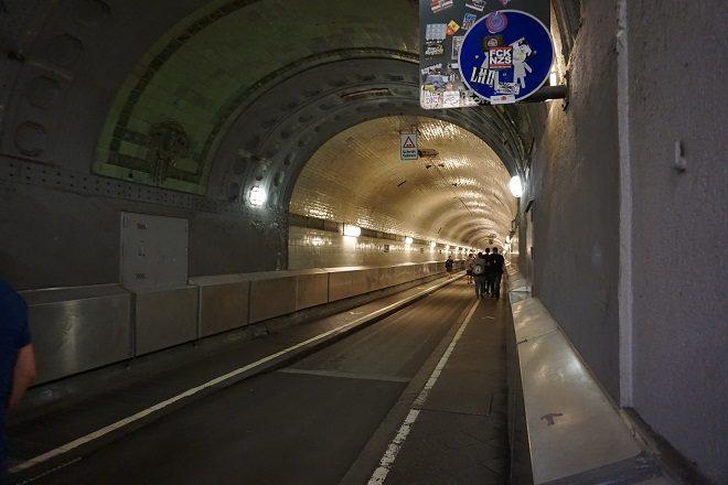 тоннель под эльбой